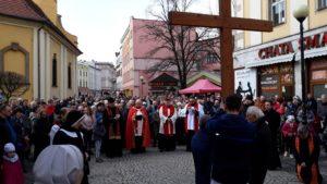 "Wielki Piątek – jeleniogórska ""Via crucis"""
