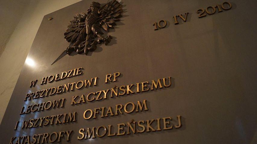 Pamięci Ofiar Smoleńska « Bazylika Mniejsza pw  św  Erazma i