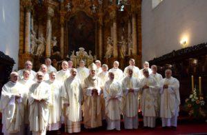 Wspólna Eucharystia  księży z  Rocznika 1986