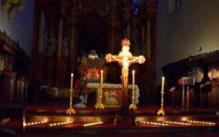 Stanęliśmy pod krzyżem Jezusa